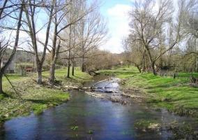 Río Margañán desde el puente