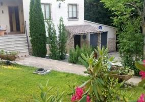 Exterior y jardín