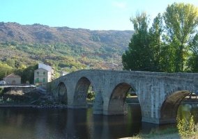 Zona del puente en Navaluenga