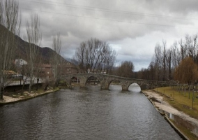 Puente romano en Navaluenga