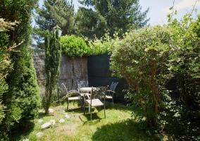 Zona de relax en jardín privado