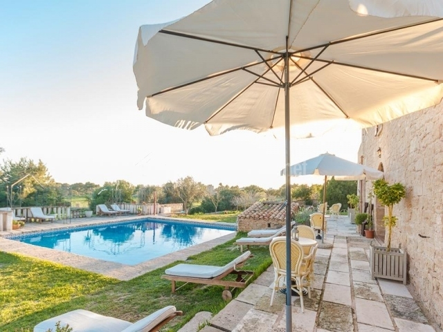 S hort des tur hoteles rurales en sant jordi de ses for Alojamiento con piscina