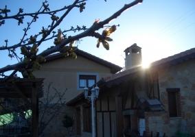 Fachada de la casa rural