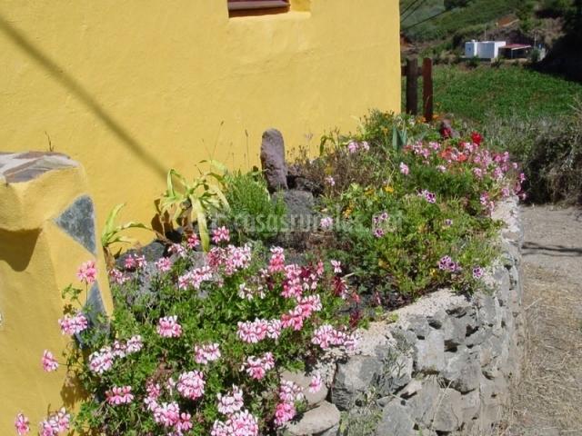 Casa el casta ar casas rurales en moya gran canaria - Maceteros de obra ...