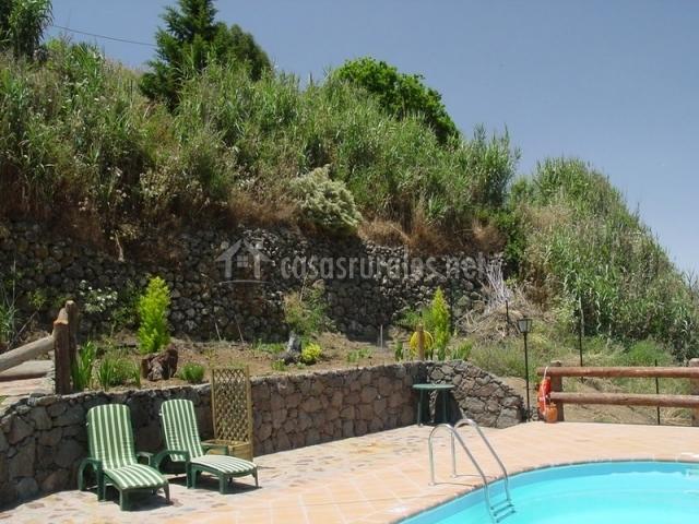 Casa el rinc n de doramas en moya gran canaria for Casas rurales con piscina baratas