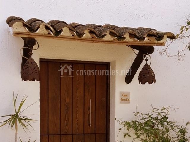 Casa rural la carrihuela en algodonales c diz for Tejados de madera para puertas