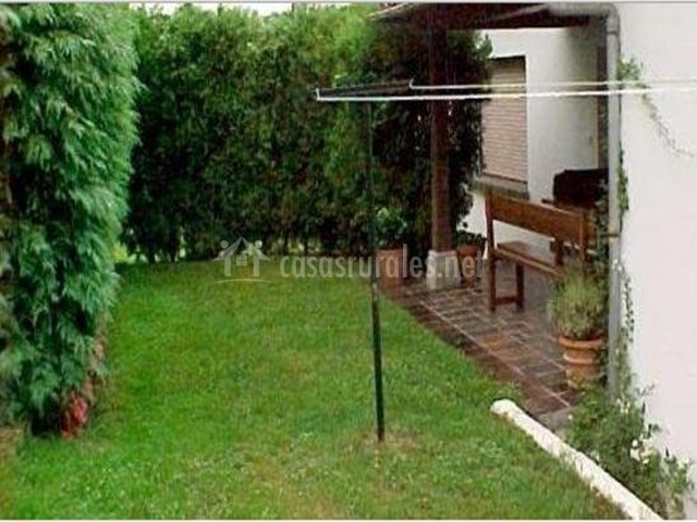Casa de luz en cangas de onis asturias for Tendedero jardin