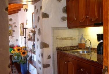 Cocina de madera a doble altura