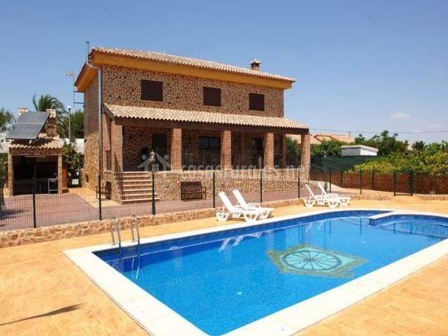 La mas a del viejo establo casas rurales en fortuna murcia for Casas rurales alicante con piscina