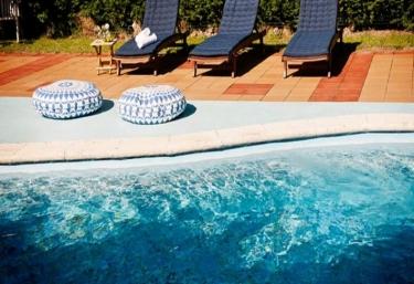 Casas rurales con piscina en cantabria - Piscinas en santander ...