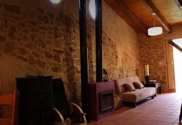Chimenea y techos de madera