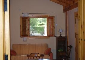Interior de la casa vista desde la contigua
