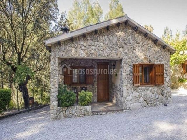 Casas de piedra bat n r o tus apartamentos rurales en - Casas de piedra gallegas ...
