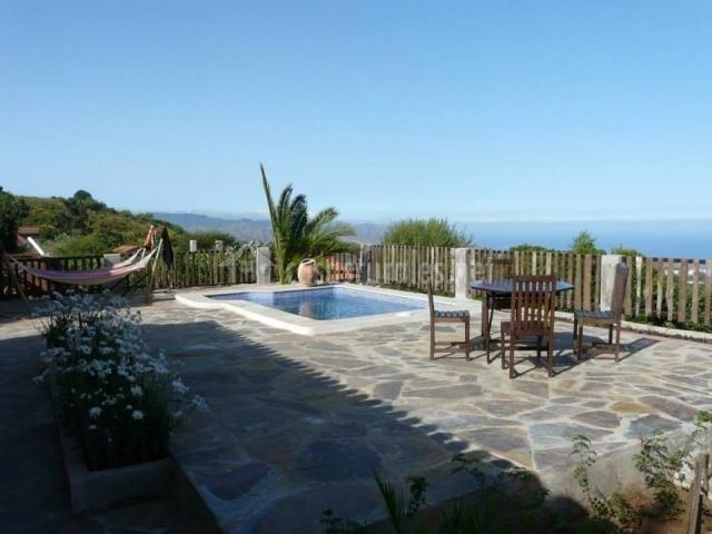 Casa domi en la esperanza tenerife for Casa rural con piscina en tenerife