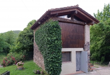Cabana - Sant Joan Les Fonts, Girona