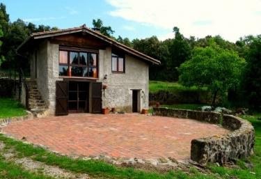 Can Janot-Batet de la Serra - Batet De La Serra, Girona