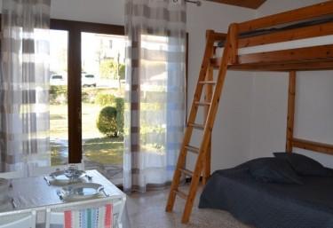 Les Olivettes- Gites 4 personnes - Saint Dézéry, Gard