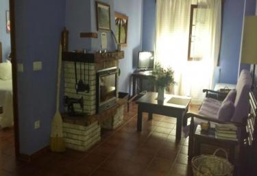 Apartamentos Andrea - Belmonte, Asturias