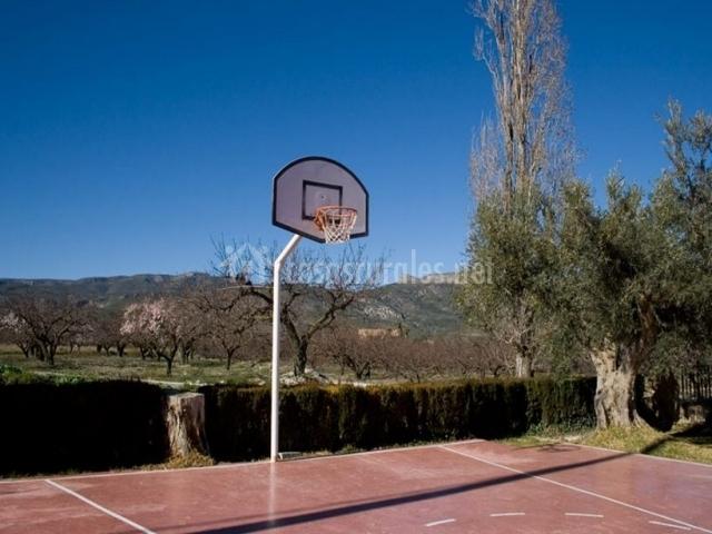 Con zona deportiva
