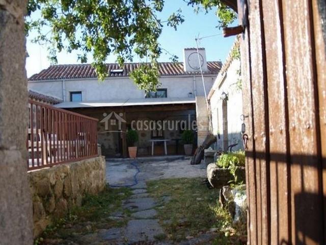 Casa vista desde la entrada