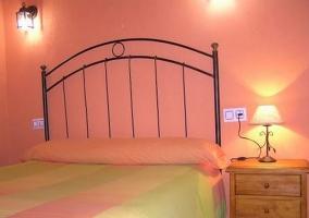 Dormitorio matrimonio rosa