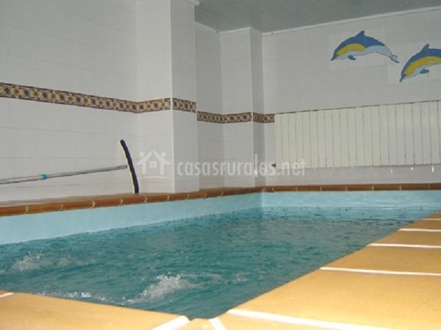 Casa granada en el bosque c diz for Casa rural piscina climatizada interior