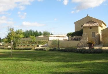 Gîtes du Pigeonnier- Tourterelle - Saint Paulet de Caisson, Gard