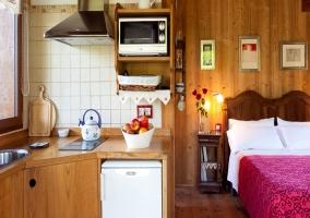 Cocina y dormitorio