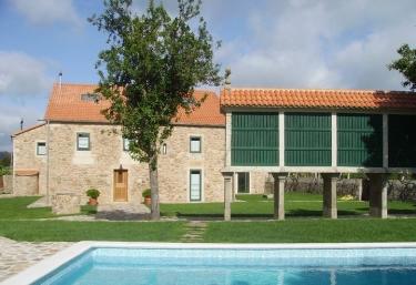 Hotel rural Torres de Moreda - Callobre, Pontevedra