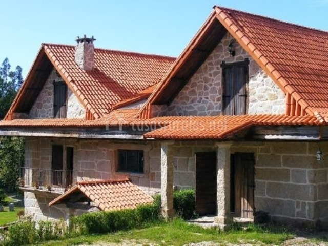 A portela do mirador en aguasantas pontevedra - Casa tipica gallega ...