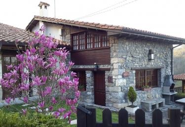 Llugarón II - Villaviciosa, Asturias