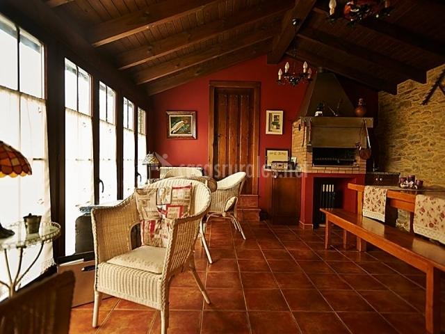 Apartamentos casa pachona en puerto de vega asturias - Butacas de mimbre ...