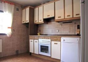 Cocina totalmente equipada con lavavajillas incluido