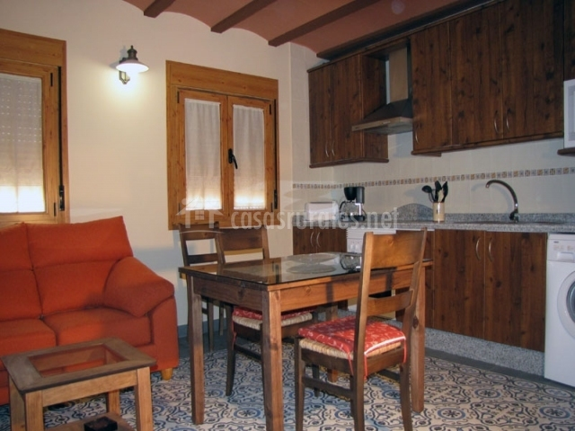 Apartamento rural t a antonia en villar de plasencia c ceres for Salon comedor cocina mismo espacio