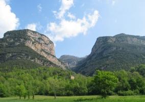 Montañas y zonas naturales en la Alta Garrotxa