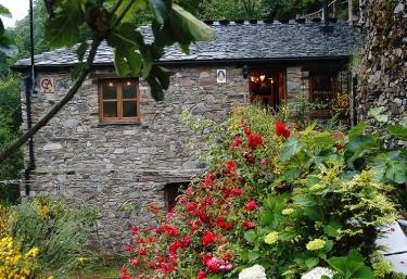 Casas Teixois El Molino - Taramundi, Asturias