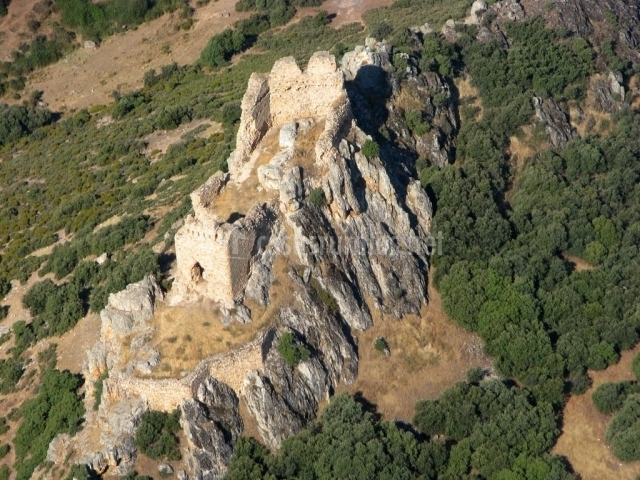 Castillo de Doshermanas en Navahermosa