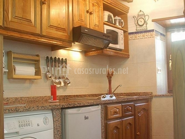 Casas teixois la central en taramundi asturias - Muebles de cocina en asturias ...
