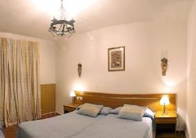Dormitorio doble azul amarillo