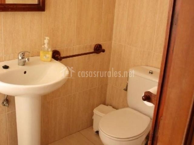 Torreon de gredos en navaluenga vila - Inodoro y lavabo en uno ...