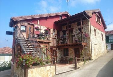 Las Fontanías II - Cobreces, Cantabria