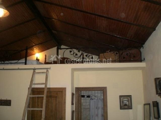 Casa peque a los cuatro olivos en prado del rey c diz for Decorar casa techos bajos