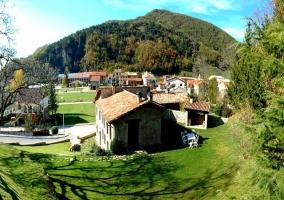 Vista de la casa y entorno