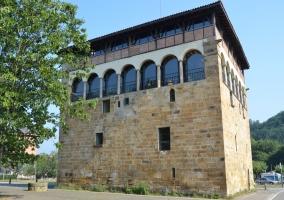 Torre de Muntsaratz en Abadiano