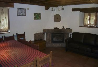Vivegredos/ Casa el Nogal - Navalguijo, Ávila