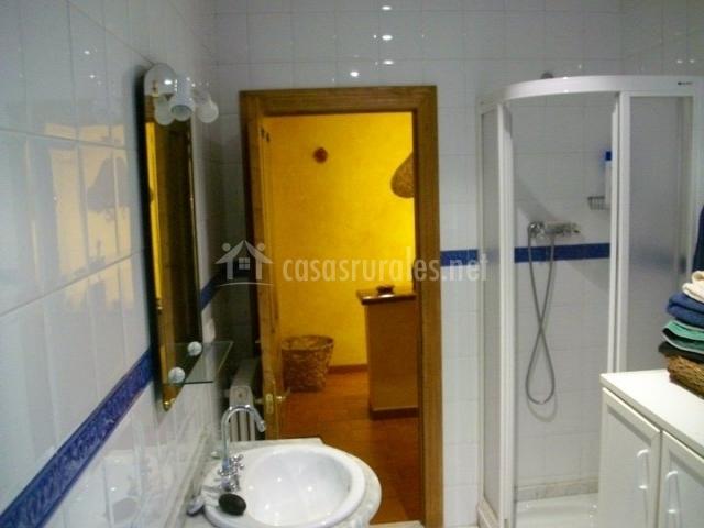 Posada real en pajares asturias - Cuartos de bano con plato ducha ...
