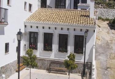 Tita Elvira I - Zafarraya, Granada