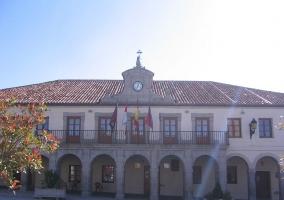 Fachada del ayuntamiento de Villacastín