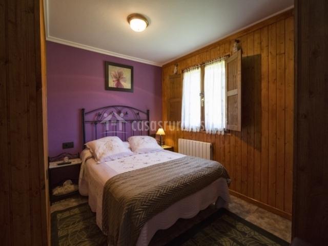 Casa rural el asturiano en intriago asturias - Cojines cama matrimonio ...
