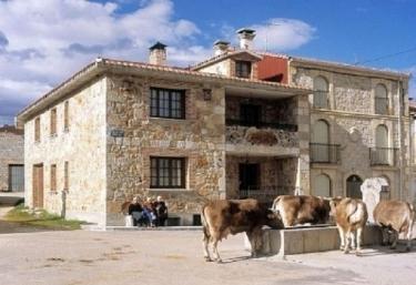 Casa La Fuente Pequeña - Navas De Pinar, Burgos